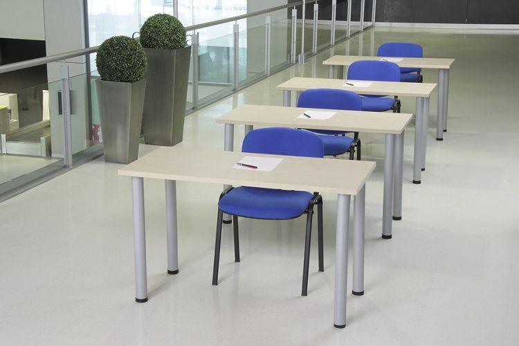 Mesas modular y polivalente individual aula