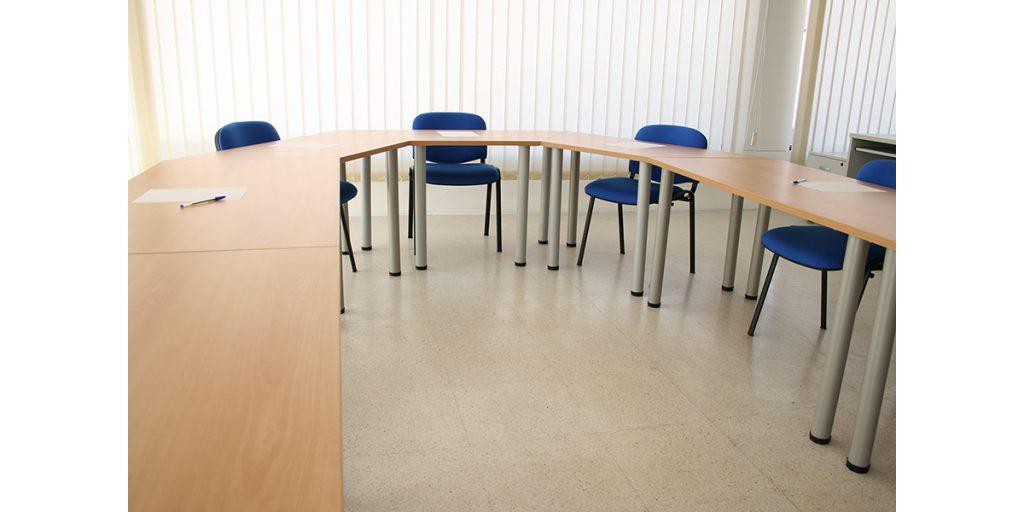 Mesas modular y polivalente conjunto
