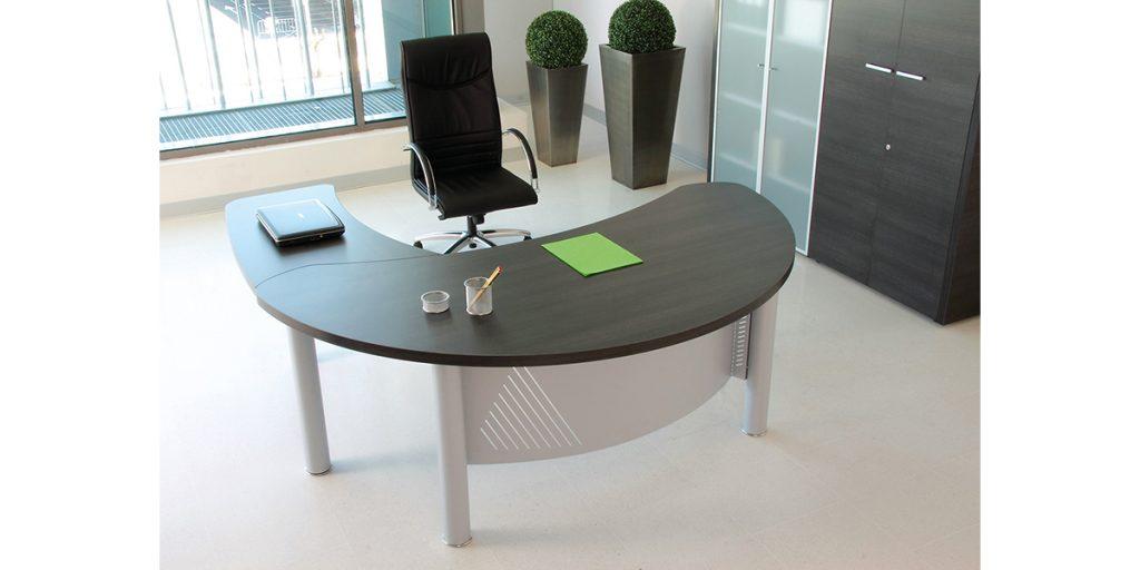 Mesas despacho duo de dirección duo curva con faldón curvo metalico varios colores