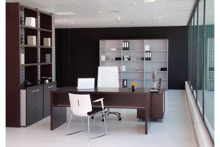 Mesa pannel despacho de dirección