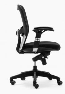 Silla Boston mecanizado sincro con brazos regulables asiento tapizado respaldo en malla color negra