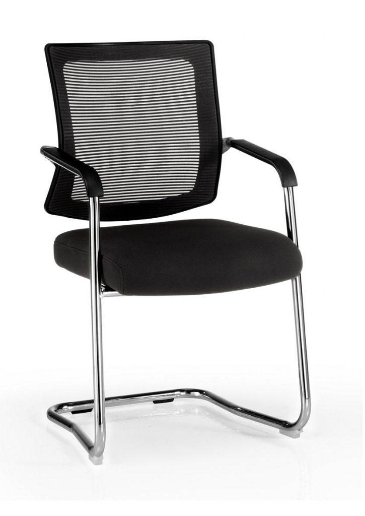 Sillas de oficina Dallas respaldo en malla negra, asiento tapizado en tela negra base patín cromado, brazos cromados con o sin protectores