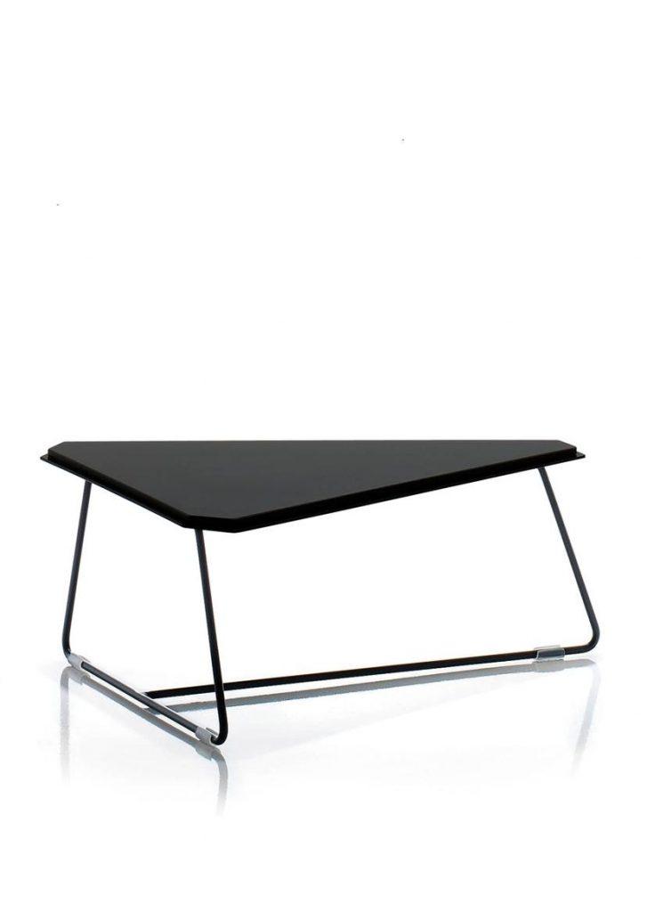 Mesa baja Tom negra varillas negras